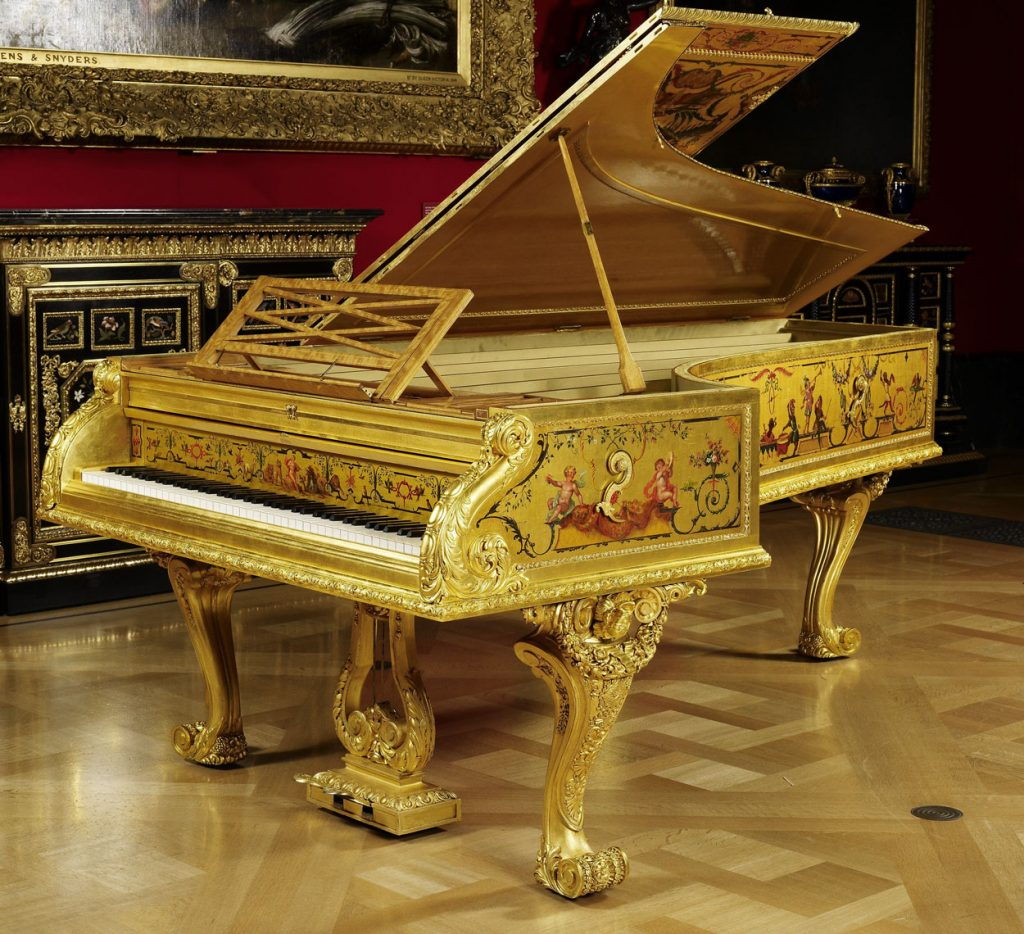 The 1856 S&P Erard Grand Piano (The Queen's Piano)