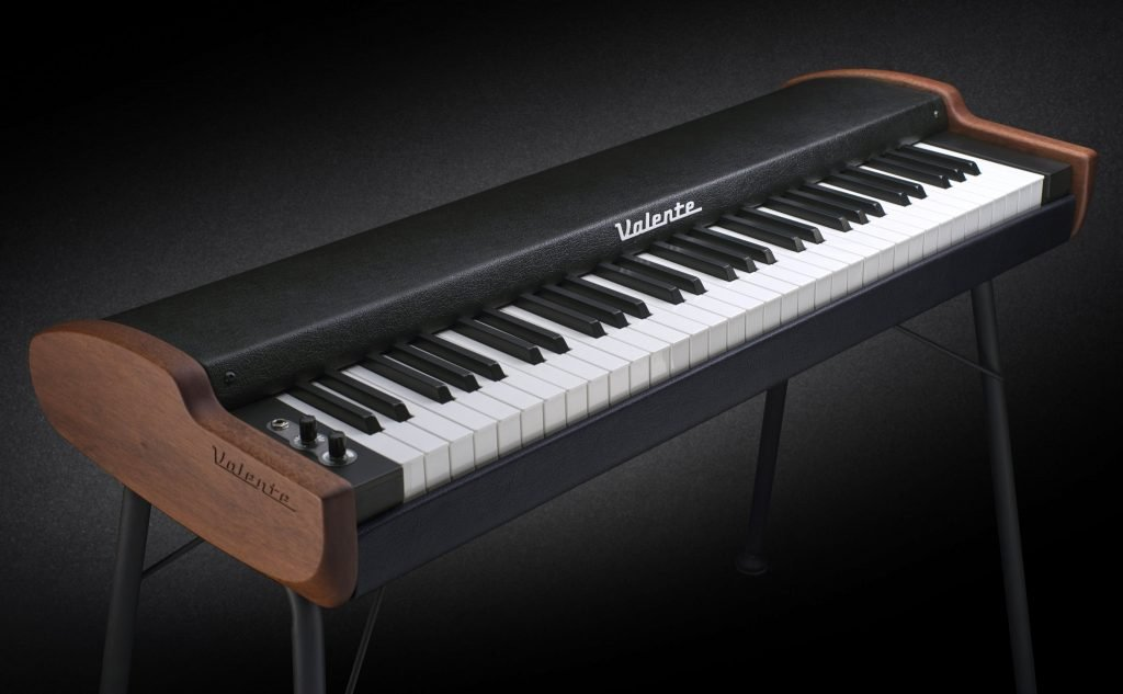 photograph of the Valente Electric Piano seen from the front left